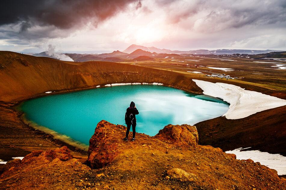 Endlich dahin reisen, wo man noch nie war: Wie wäre es mit einem Besuch des Geothermischen Tals Leirhnjukur in Island?