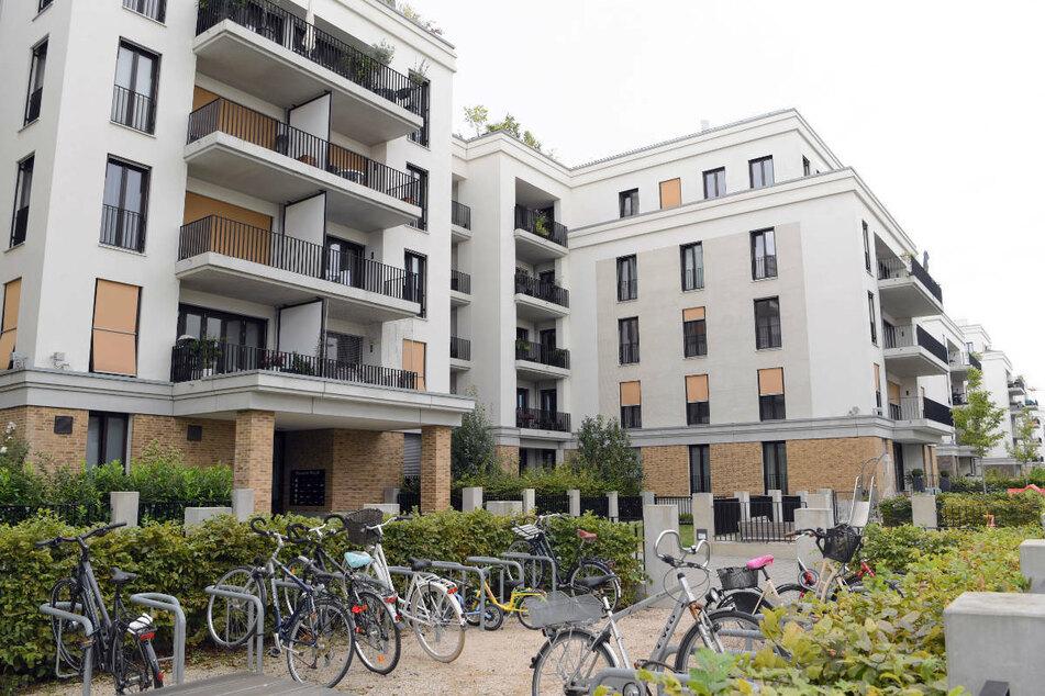 Neu errichtete Mehrfamilienhäuser in Frankfurts Europaviertel: In zehn Jahren sind die Immobilienpreise in der Mainmetropole um das Doppelte gestiegen.