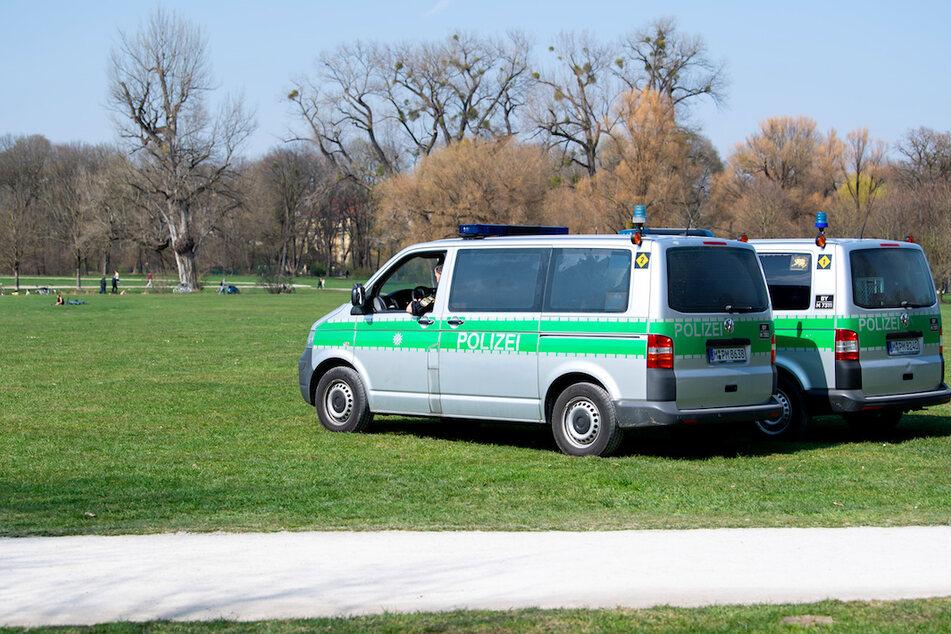 Die Polizei schnappte den Tatverdächtigen im Münchner Englischen Garten. (Symbolbild)