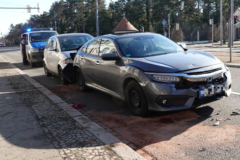 Bremse zu spät erwischt: Zwei Verletzte bei Unfall in Leipzig