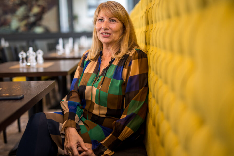 """Ministerin Petra Köpping sieht """"Nachbesserungsbedarf im Osten"""". Vor zwei Jahren stieß die SPD-Politikerin mit einer Streitschrift eine bundesweite Diskussion an."""
