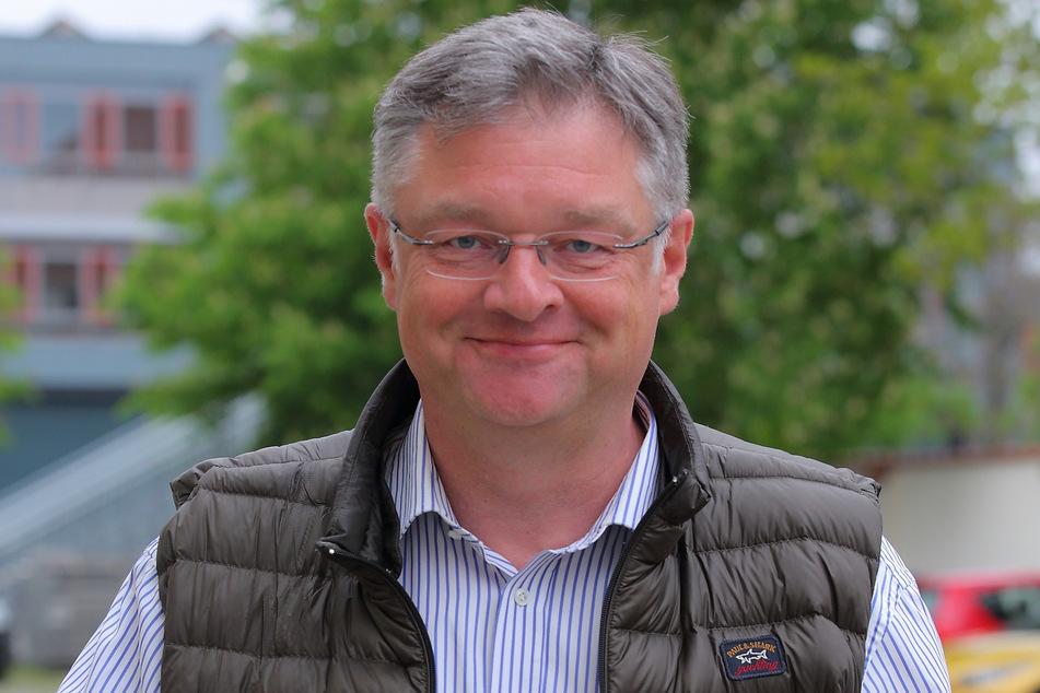 Holger Zastrow (52) sitzt für die FDP im Stadtrat. Er hofft, dass die pandemische Lage die Durchführung von Weihnachtsmärkten 2021 nicht gefährdet.