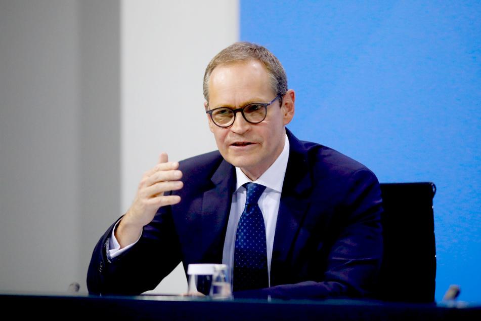 Bürgermeister Michael Müller (SPD) und der Berliner Senat wollen am Donnerstag über das weitere Vorgehen in der Corona-Pandemie beraten.