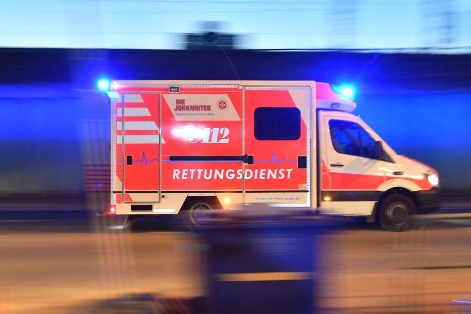 15-Jähriger verletzt sich bei Flucht vor Ticket-Kontrolle lebensgefährlich
