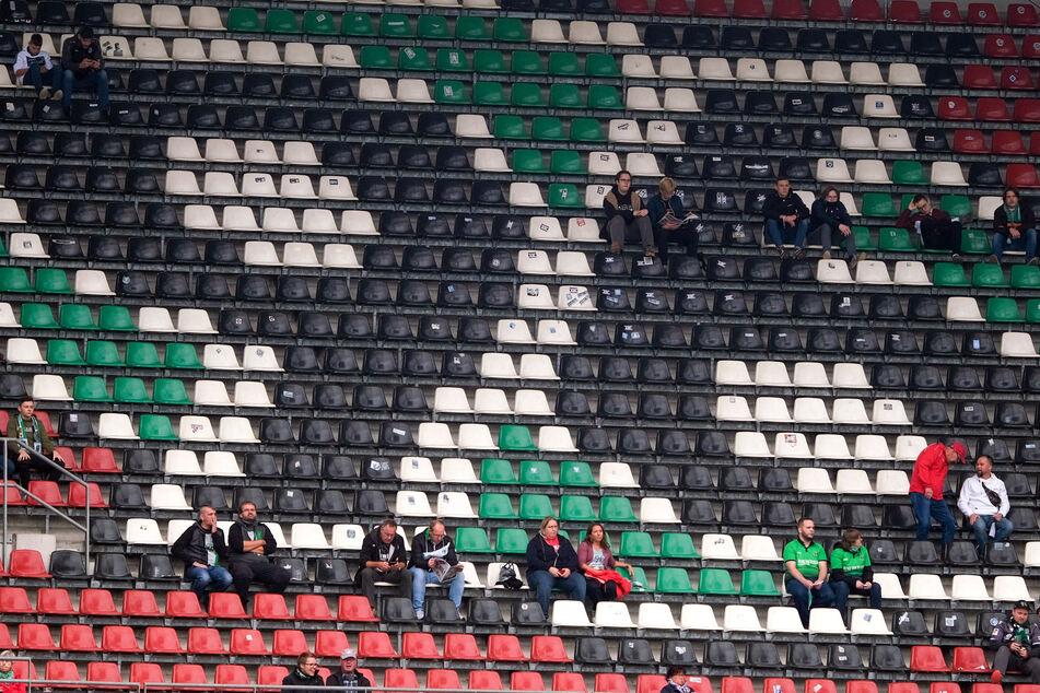 Das Stadion von Hannover 96 würde ausreichend Platz für nötige Abstände bieten.