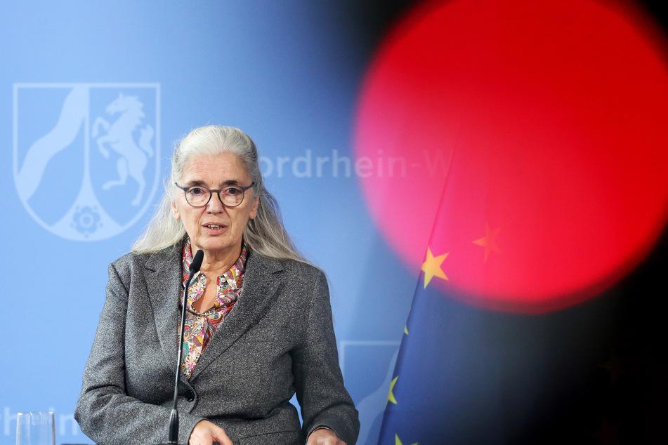 Nordrhein-Westfalens Kulturministerin Isabel Pfeiffer-Poensgen bei einer PK am 12. Oktober 2020.