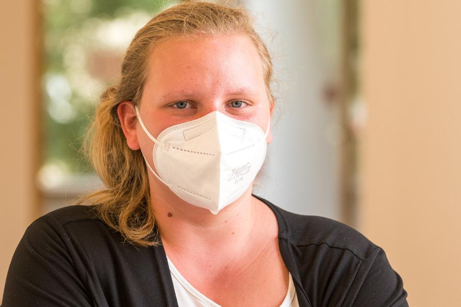 Vicky G. (25) erlitt massive Atemnot, als die Täterin sie mit dem Schal würgte.