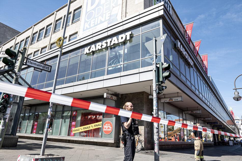 Vier Männer haben am Freitag versucht, eine Bankfiliale in Neukölln zu überfallen.