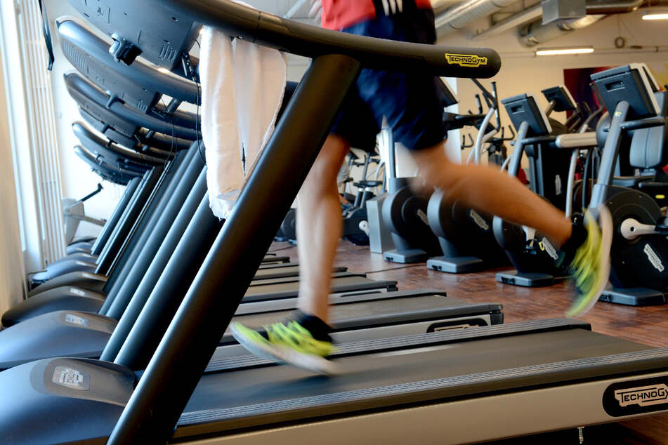 Trotz der Ü35-Inzidenz in Dresden an fünf Tagen in Folge dürft Ihr - unter Einhaltung der Regeln - weiterhin ins Fitnessstudio.