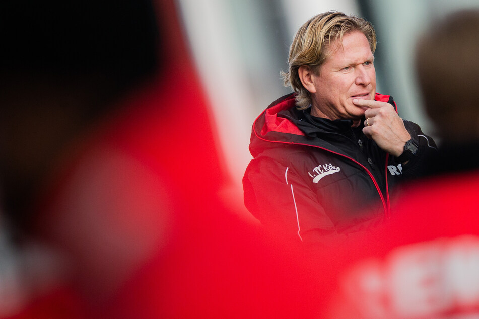 Das Team von Trainer Markus Gisdol (51) spielt im nächsten Testspiel nicht wie ursprünglich geplant gegen den FC Utrecht, sondern gegen den KFC Uerdingen.