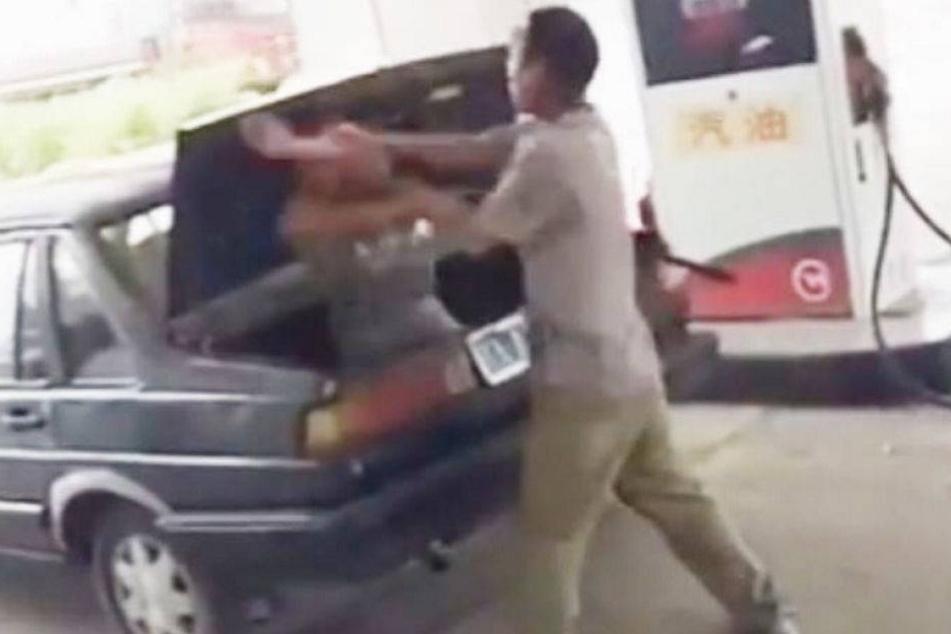 Frau verprügelt und in Kofferraum gesperrt