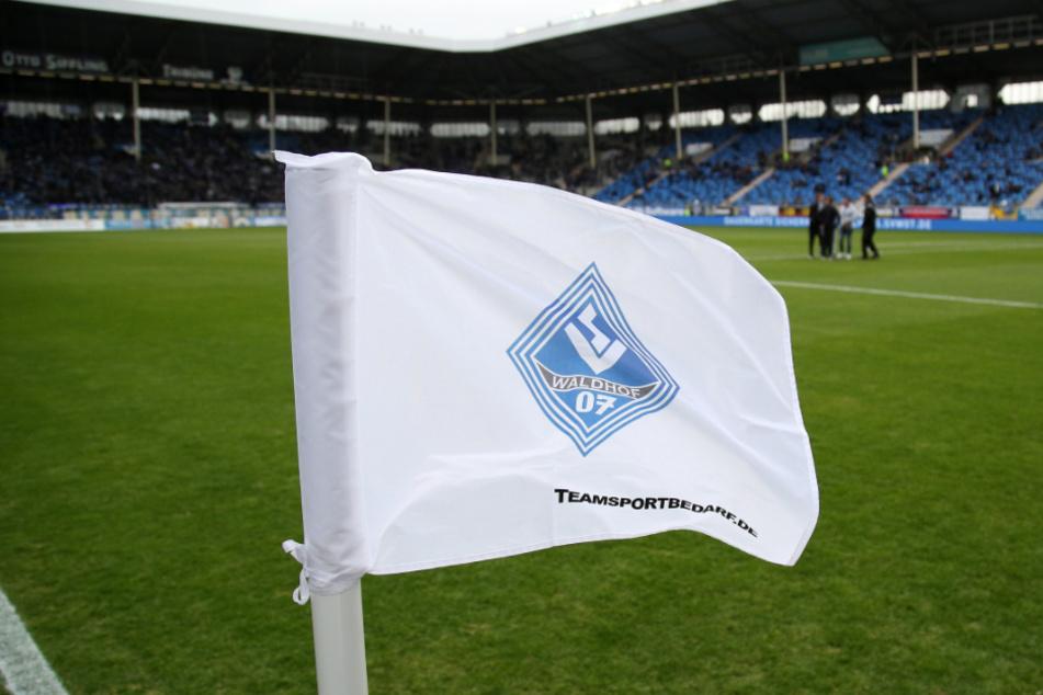 Das Spiel von Waldhof Mannheim gegen den SV Meppen droht auszufallen.
