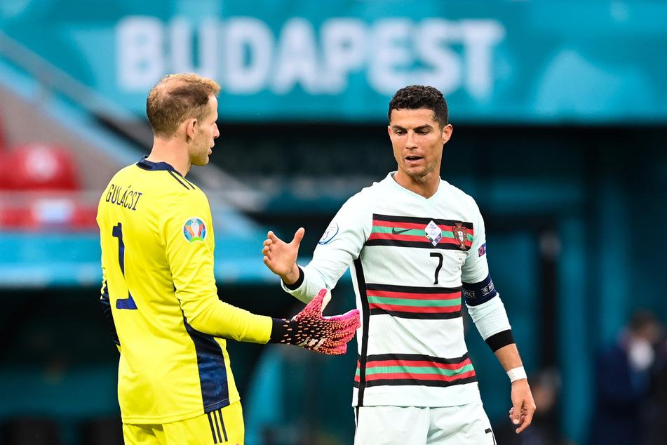 Cristiano Ronaldos (36, r.) Portugiesen hatten im ersten Gruppenspiel gegen Ungarn lange zu knabbern, konnten das Match erst gegen Ende für sich entscheiden.