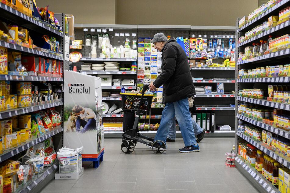 Supermarkt greift durch: Einkaufen im Schlafanzug ab sofort verboten!