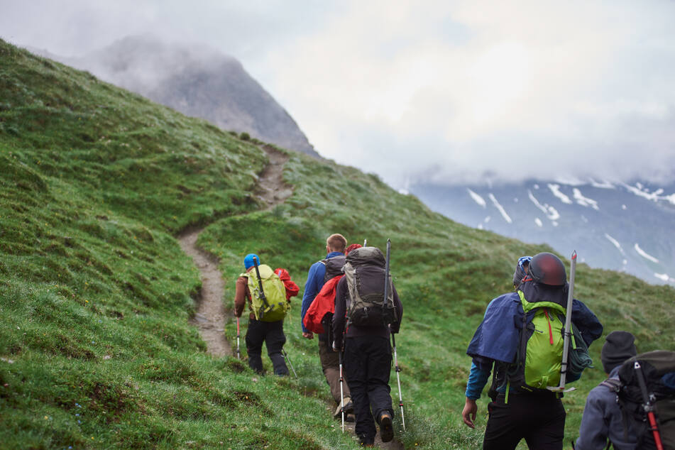Lace 'em up! Expert recommends taking a hike for mental health boost