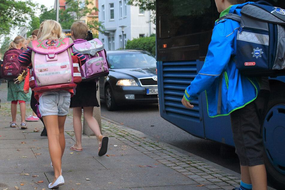 Zum Schulstart werden in Sachsen-Anhalt Verkehrskontrollen verschärft. (Symbolbild)