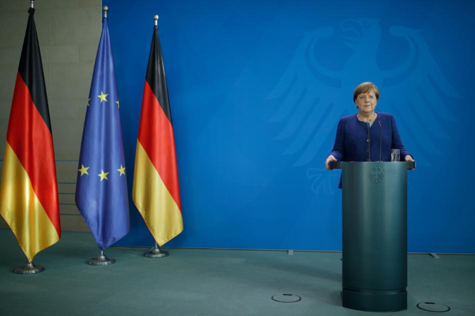 Umfrage-Hoch hält an: CDU/CSU profitiert weiter von Corona-Krise