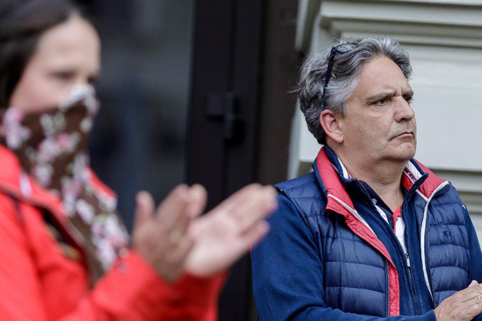Gegen die Corona-Regeln: Dr. Ralph Tinzmann (51) bei einem Protest im Mai auf dem Görlitzer Postplatz.