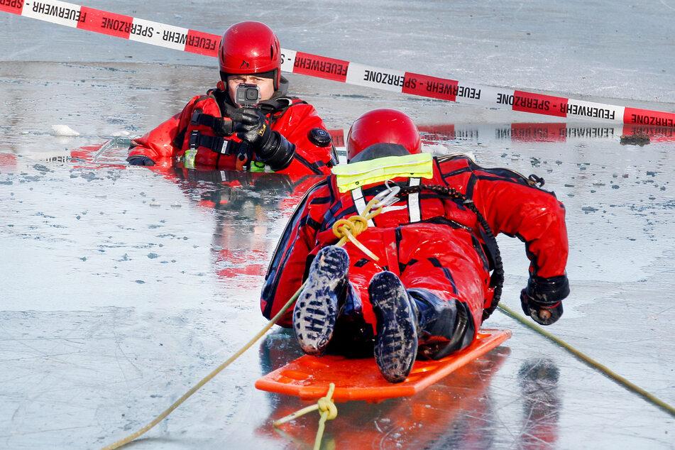 Auf Frost folgt Tauwetter in NRW: Vorsicht vor lebensgefährlichen Eisflächen!