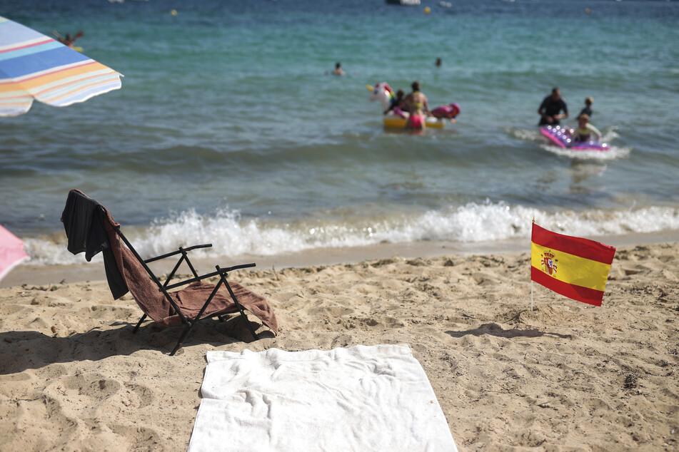 In vielen Teilen Spaniens werden die Corona-Beschränkungen immer strenger, nun tritt auch auf den Kanaren ein Rauchverbot in Kraft.