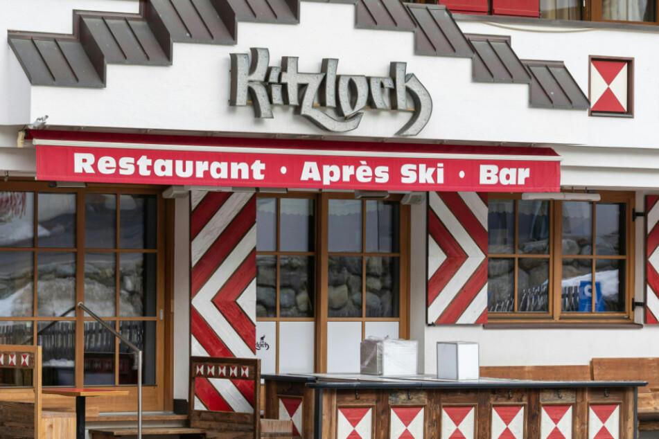 """Die Aprés-Ski-Bar """"Kitzloch"""", eines der angesagtesten Après-Ski-Lokale des Ortes."""
