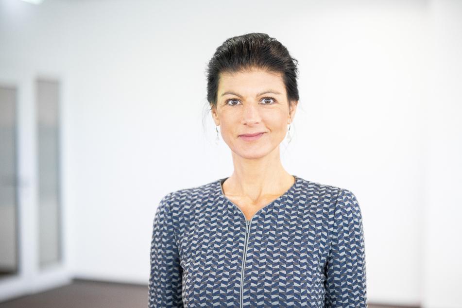 """In einem neuen Video der Organisation """"Aufstehen"""" kommt Sahra Wagenknecht (51, Die Linke) ausführlich zu Wort."""