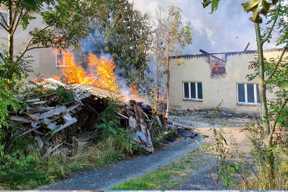 Chemnitz: Brandkatastrophe in Amtsberg: Zahlreiche Hilfsangebote für Familie