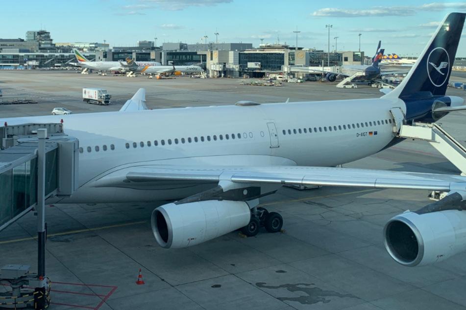 Corona-Alarm in Lufthansa-Maschine: Ingenieur bei Rückkehr nach China positiv getestet