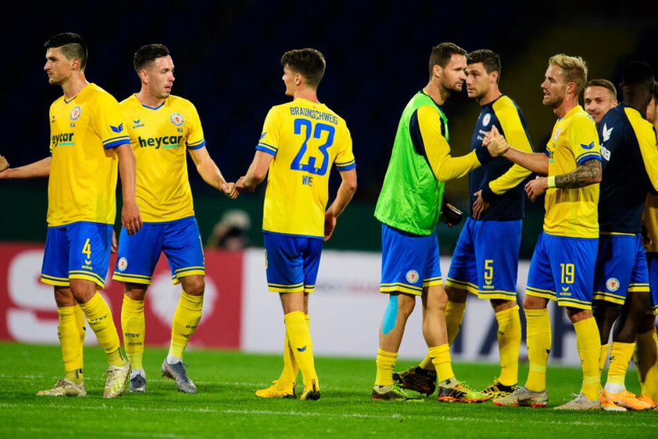 Eintracht Braunschweig gab in diesem Sommer bislang zwölf Spieler ab und holte 13 Neuzugänge. Findet sich die neuformierte Truppe schnell genug?