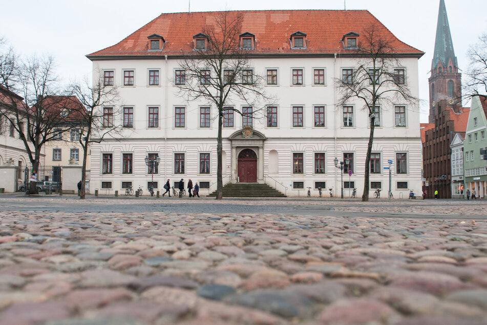 Der Prozess findet nicht im Gebäude des Lüneburgers Landgericht (Archivfoto) statt, sondern wegen der Vielzahl an Beteiligten im Tagungszentrum des Bergström Hotels.