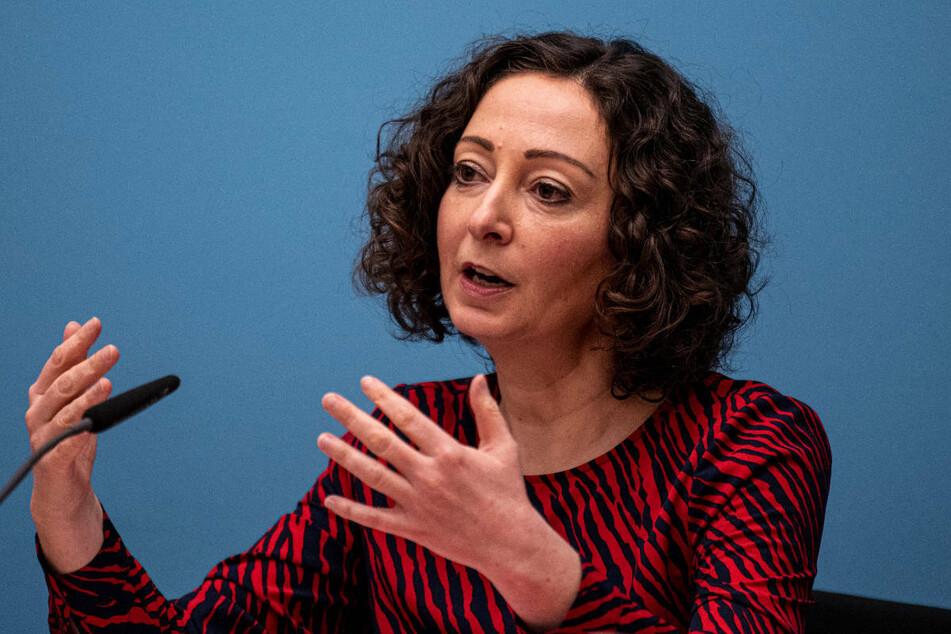 Berlins Wirtschaftssenatorin Ramona Pop (43, Grüne) hält weitere Lockerungen der Corona-Maßnahmen für möglich.