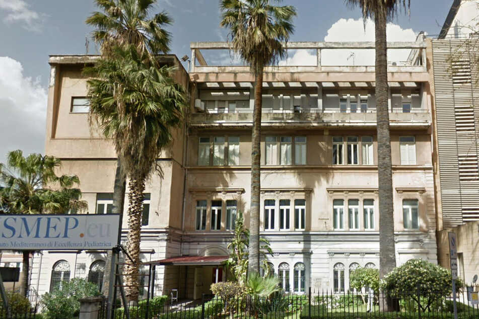 Das kleine Mädchen wurde im Di Cristina Krankenhaus in Palermo zurückgelassen.