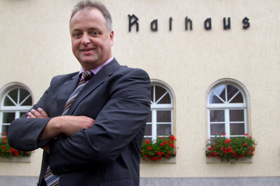 Zieht sich aus dem Rathaus zurück: Noch-Bürgermeister Mirko Ernst (53, FDP).
