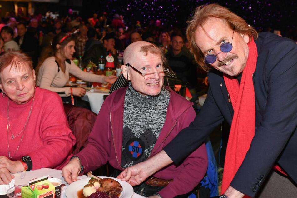 Wegen Corona: Frank Zander sagt Weihnachtsfeier für Bedürftige ab