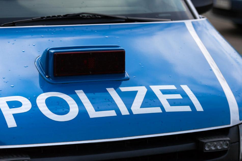 Berlin: Suff-Fahrerin rammt Frau auf Parkbank und will anschließend flüchten