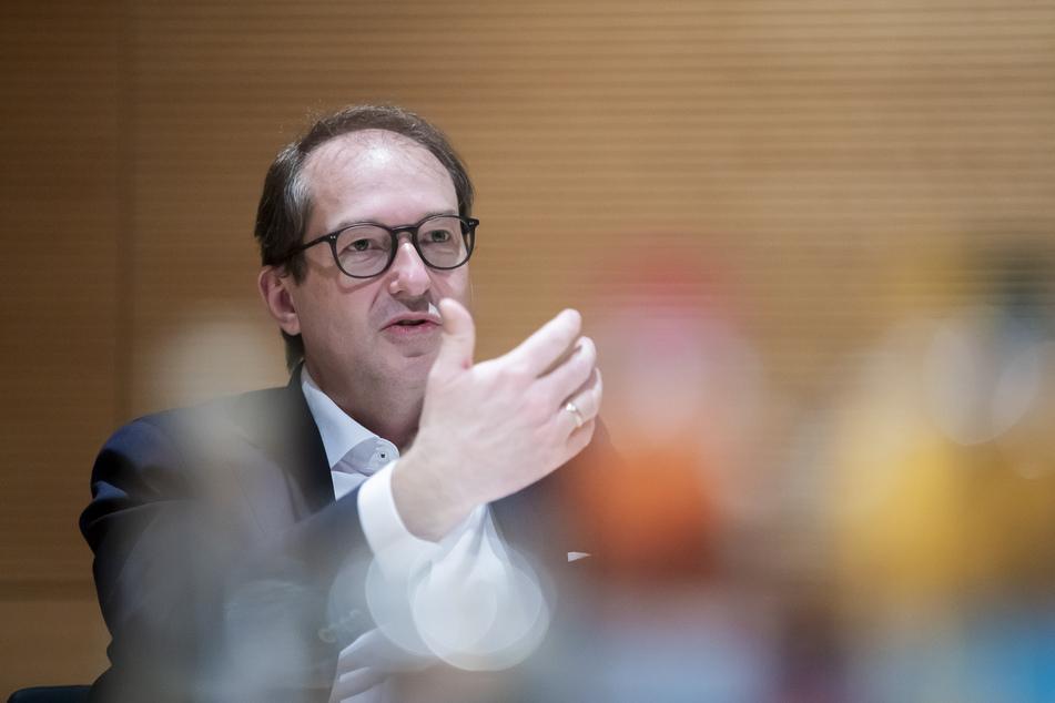 Alexander Dobrindt (51, CSU) hat sich für eine höhere Steuerpauschale fürs Home-Office ausgesprochen.