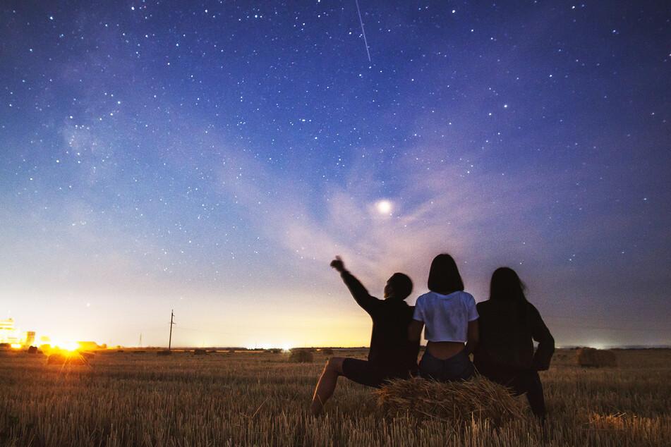 Jetzt kommen jede Nacht über 20 Sternschnuppen pro Stunde, aber es gibt einen Haken