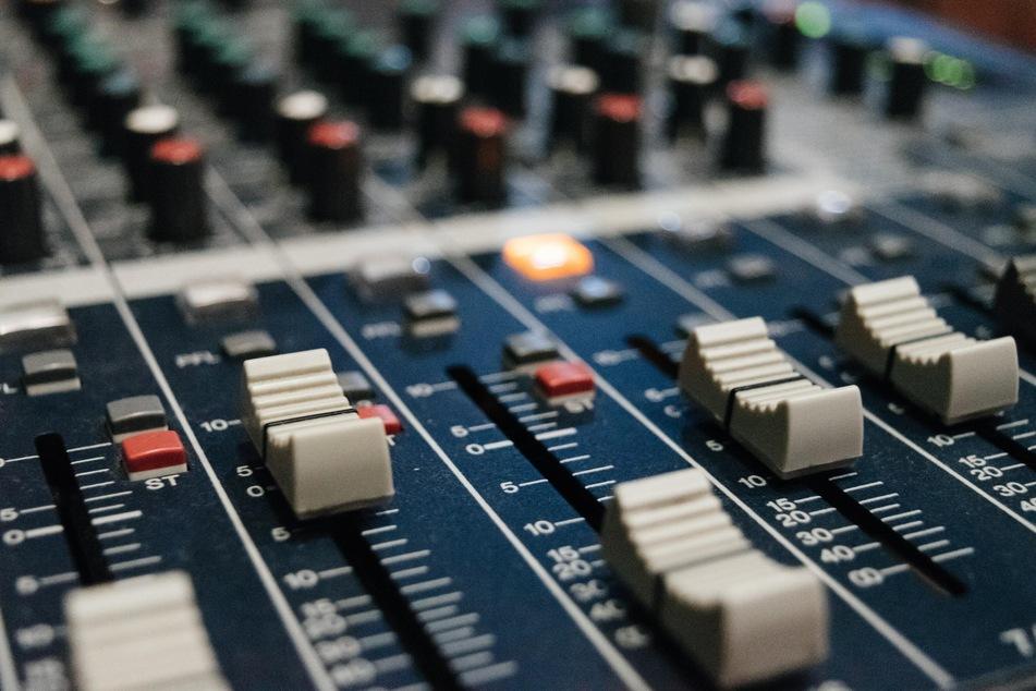 Verrückt! Dieser Radiosender belohnt Euch fürs Hören!