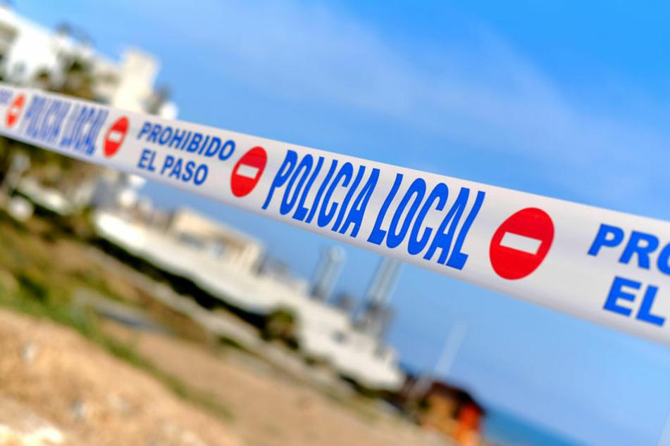 Schock-Fund auf Mallorca: Polizei entdeckt Mann, der fünf Jahre tot auf Sofa lag