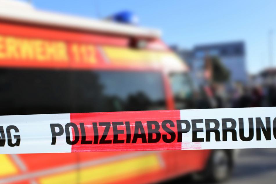 Zweitweise bestand für das Oper Lebensgefahr, teilte die Polizei mit (Symbolbild).