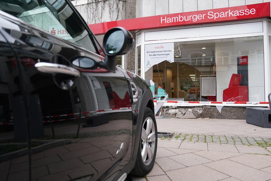 Hamburg: Unfall-Serie geht weiter! Ist das Hamburgs gefährlichste Einkaufsstraße?