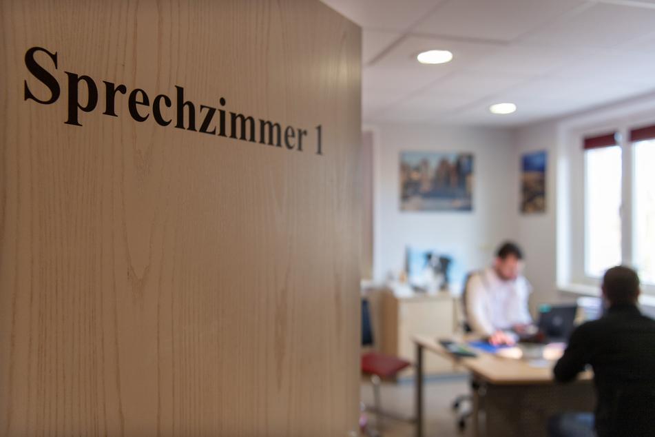 Nicht nur wegen Corona: Die Zahl der Krankheitstage stieg in Sachsen in 2020 stark an.