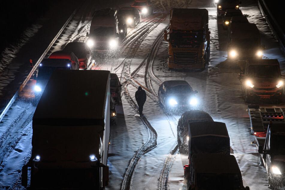 Auf der A4 bei Dresden staute es sich am Morgen bis zu 30 Kilometer in Richtung Chemnitz.
