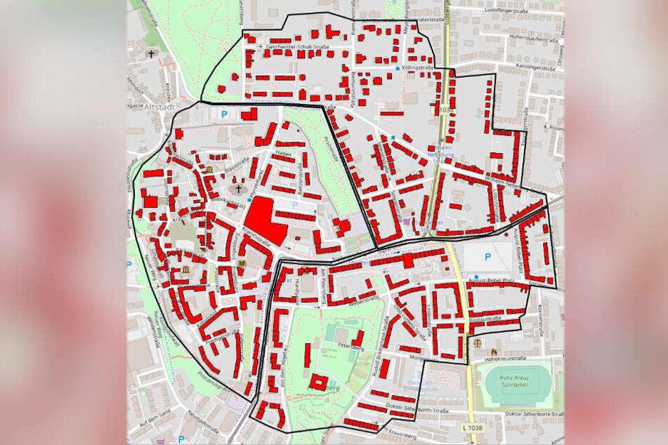 Alle Anwohner müssen im Umkreis von 500 Metern ihre Wohnungen und Häuser verlassen.