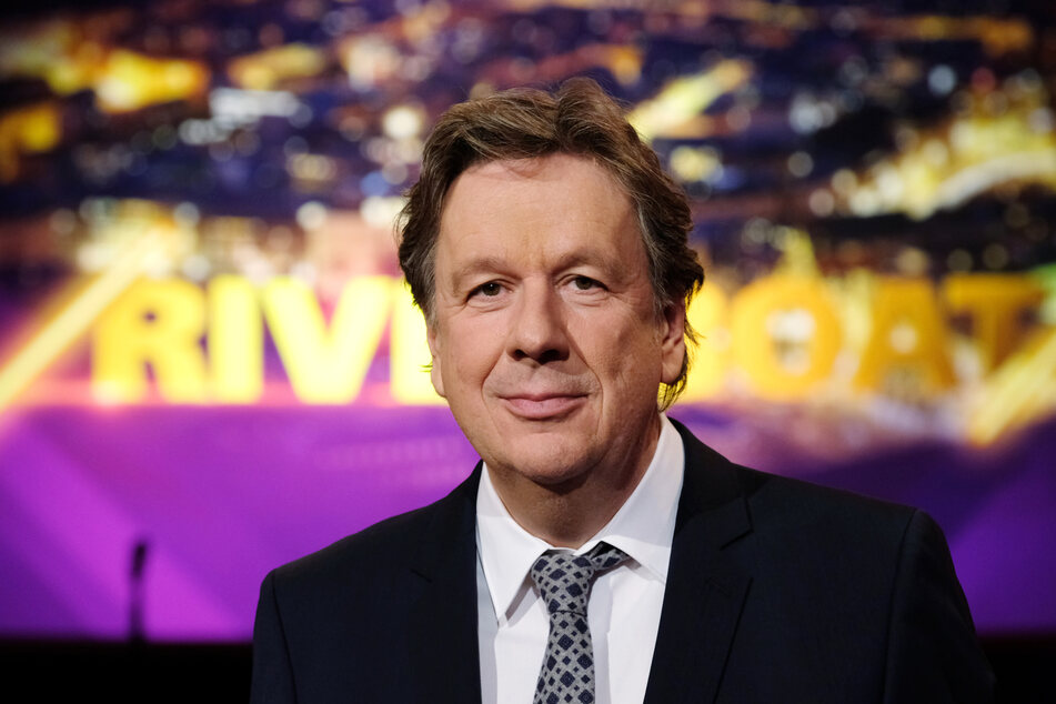 Hat zwar die Ankündigung übernommen, wird jedoch in der Show am heutigen Freitag fehlen: Moderator Jörg Kachelmann (62).