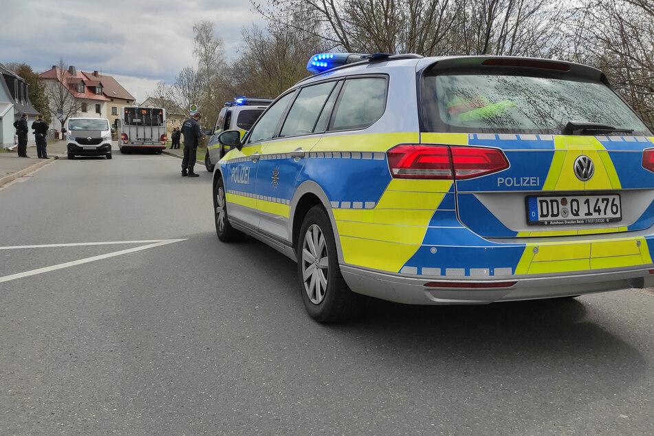 Polizei und der Rettungsdienst waren vor Ort. Die K7951 war nach dem Unfall für mehrere Stunden gesperrt.
