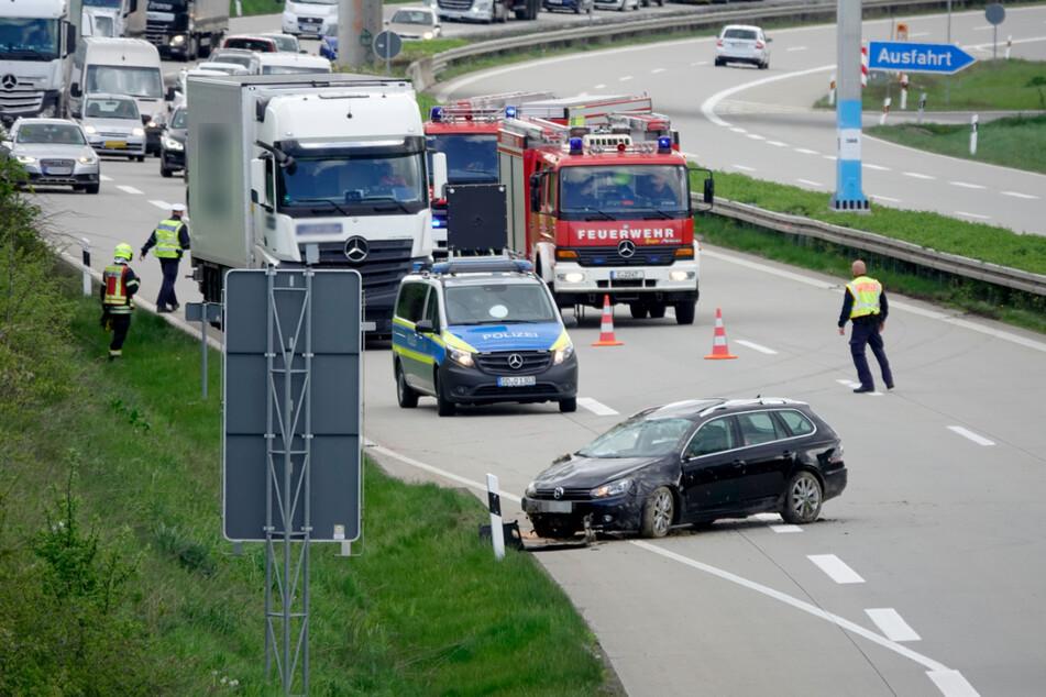 Die A72 musste nach dem Unfall teilweise gesperrt werden. Es gab Stau.