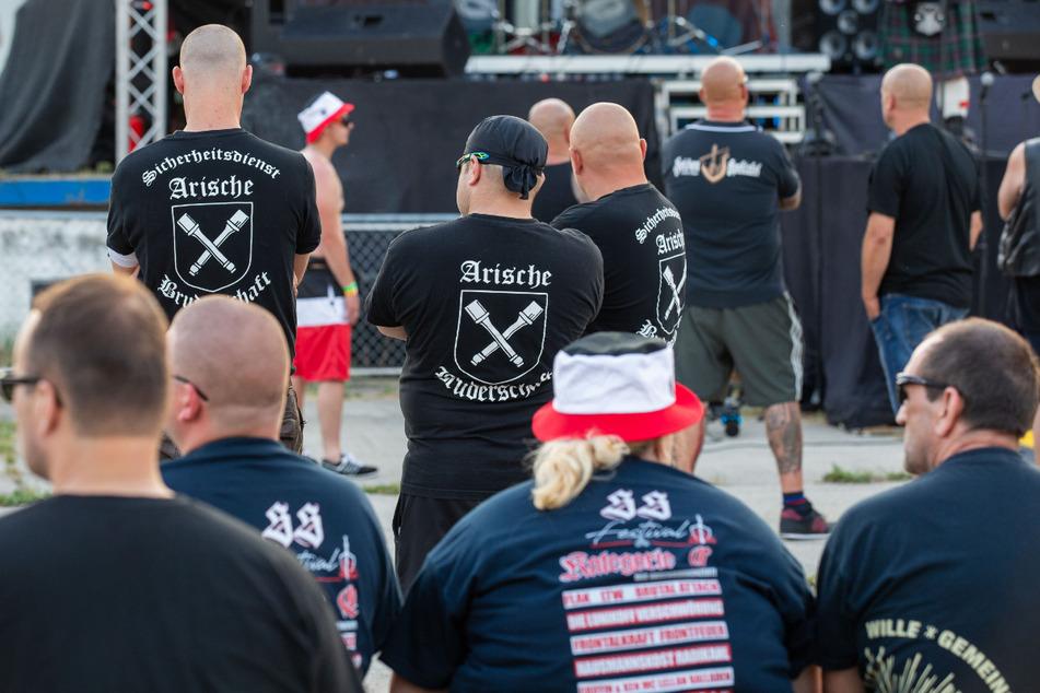 Islamisten, Links- und Rechtsradikale: Der Extremismus nimmt zu!