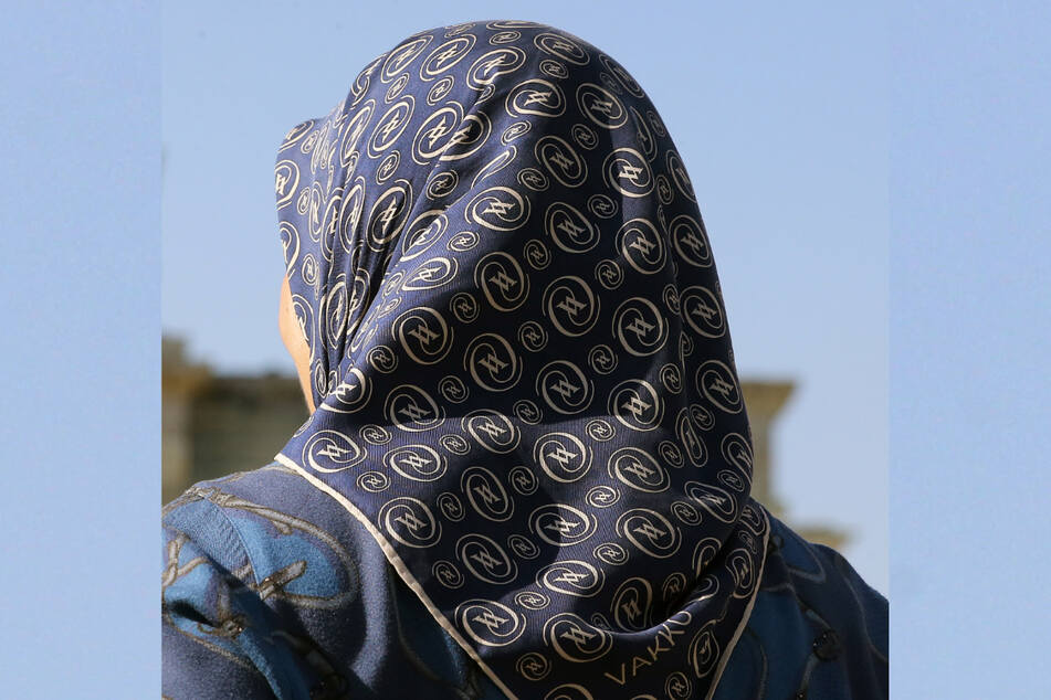 Der Europäische Gerichtshof hat die Rechte von Arbeitgebern gestärkt, die muslimischen Mitarbeiterinnen das Tragen von Kopftüchern verbieten. (Symbolbild)