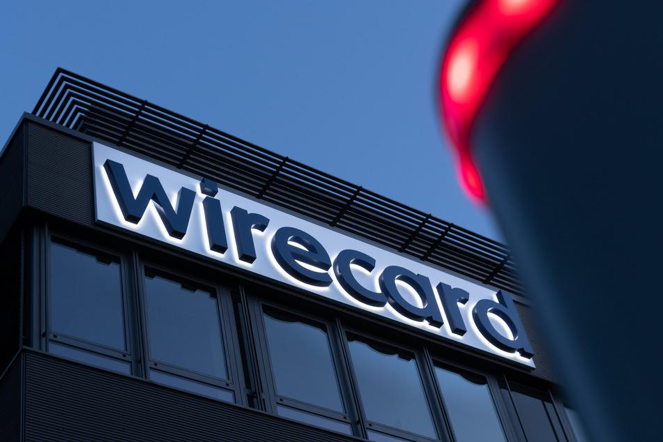 Das Wirecard-Logo am Hauptsitz des Zahlungsdienstleisters zu.